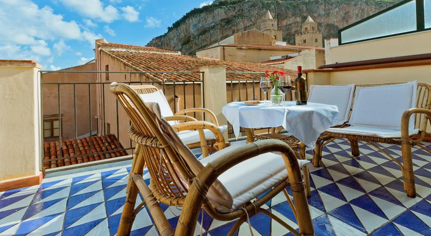 hotel-la-plumeria-cefalu-sicilia-mare